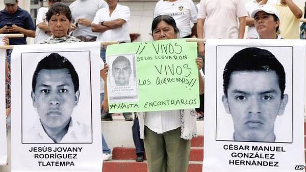 Missing Mexico students: Iguala mayor arrest ordered