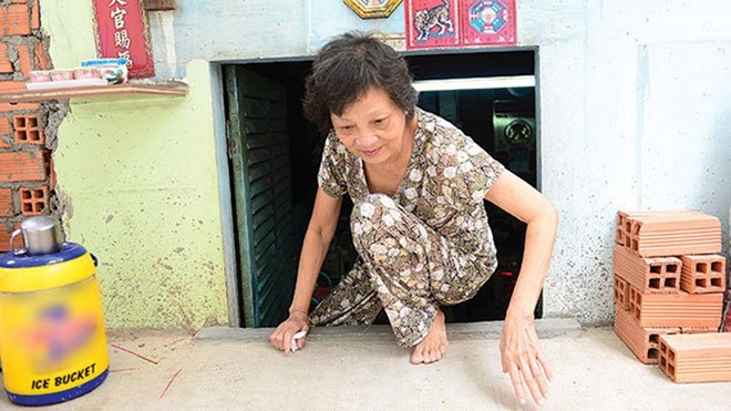 Images: Houses become cellars in Saigon