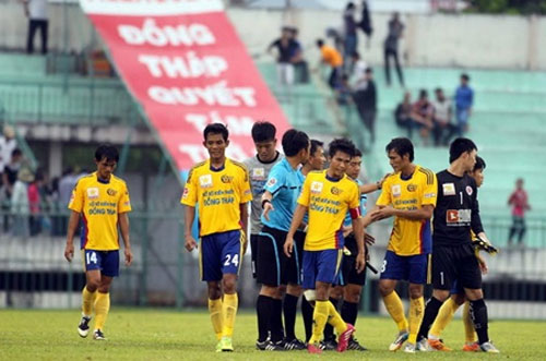 V-League, Dong Thap, lack of funds