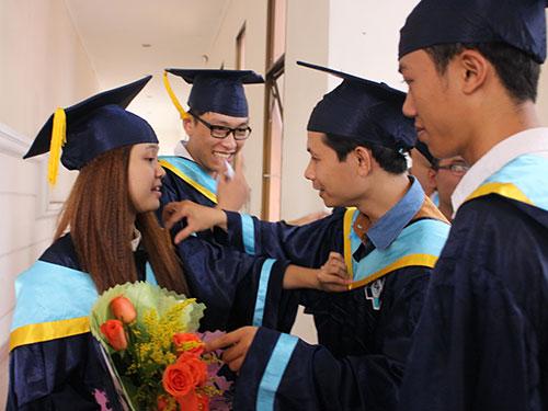 Many university graduates ill-prepared for job market