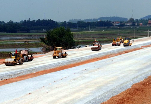 Ministry says highway costs reasonable