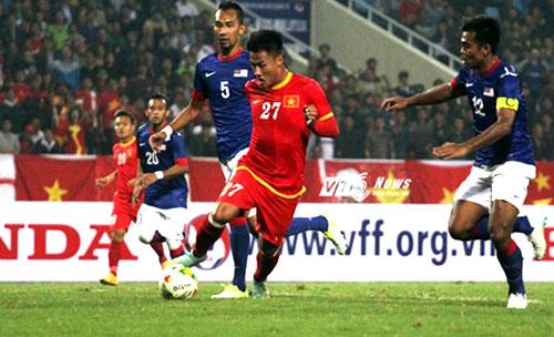 AFF Cup, Vietnamese striker Mac Hong Quan, discovers