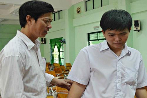 Nguyen Dinh Chieu School, Da Nang, blind students, disabled students