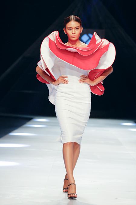 designer Le Thanh Hoa, Vietnam international fashion week 2014