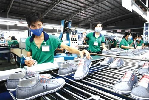 Companies Find It Difficult To Join Global Footwear