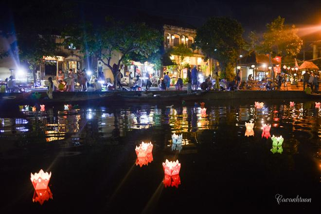 Hoai river, Hoi An