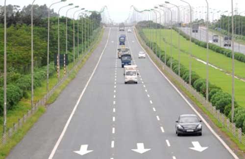 WEF, transportation infrastructure, socio-economic development