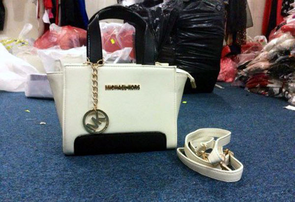 Fake Handbags Thao Noi Village