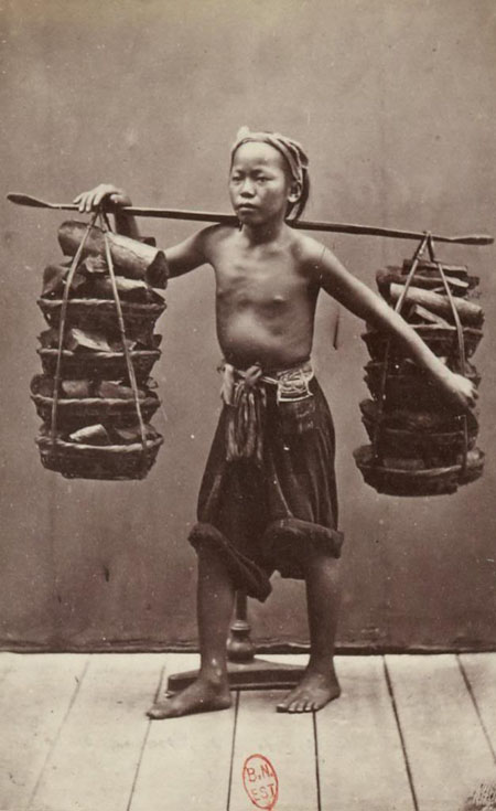 Portraits of the Indochinese in 1890, The trip from Egypt to Indochina, French photographers, Hippolyte Arnoux, Emile Gsel