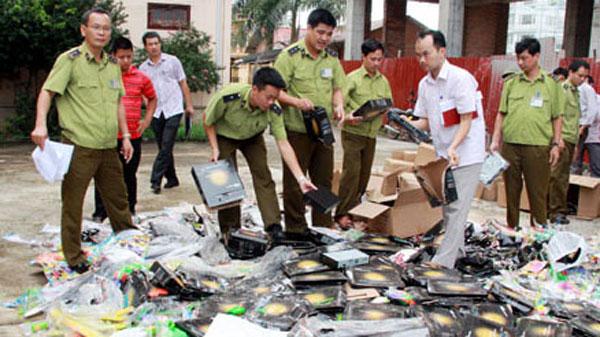 Counterfeit goods, consumer electronics, national economy