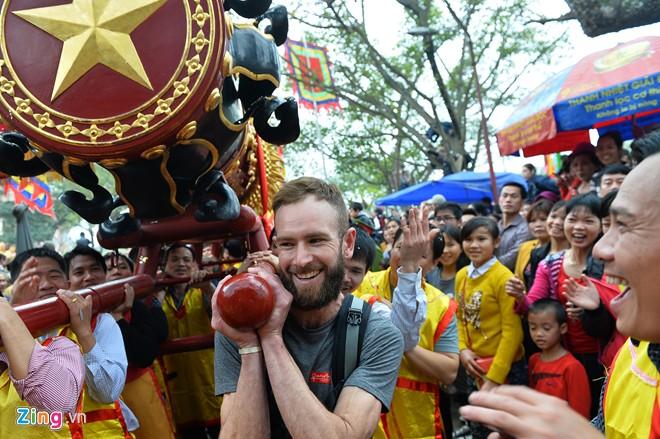 Dong Ky firecracker festival