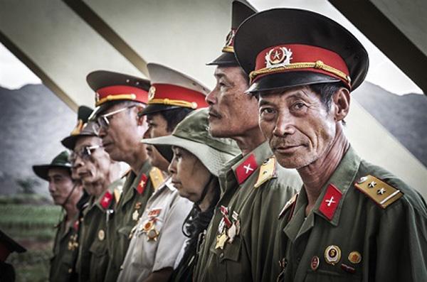 Photo, Vietnamese war veterans, Sony World Award
