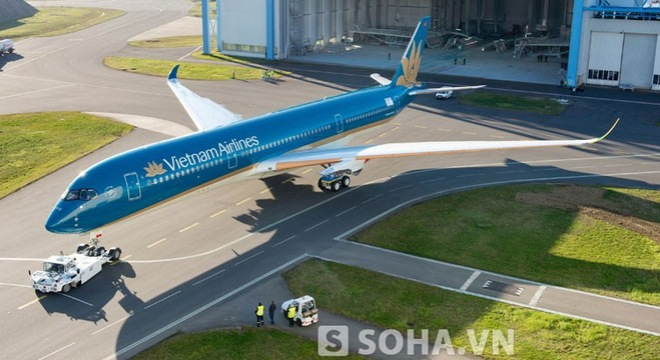 In pictures: Vietnam Airlines' first A350 XWB aircraft