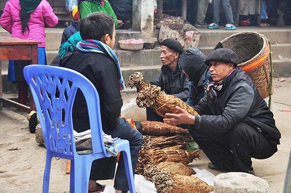 Ha Giang, kermis market, rock plateau