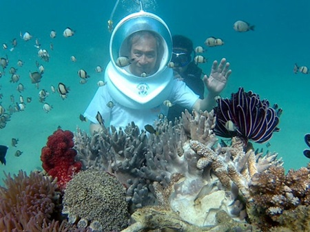 Nha Trang offers walk on seabed