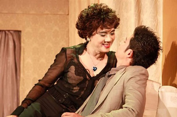 IDECAF theatre, tragi-comedy, US stages