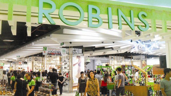 Foreign retail giants compete for big projects in Vietnam