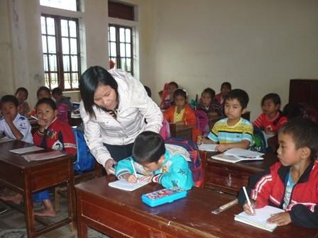 Ha Tinh: Over 200 teachers may lose jobs