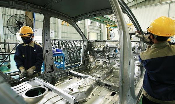 Automobile manufacturers' preparation for 2018 deadline