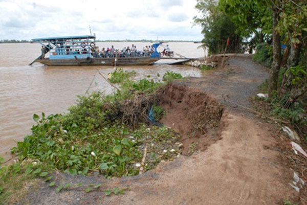 Erosion hits Mekong hard in dry season