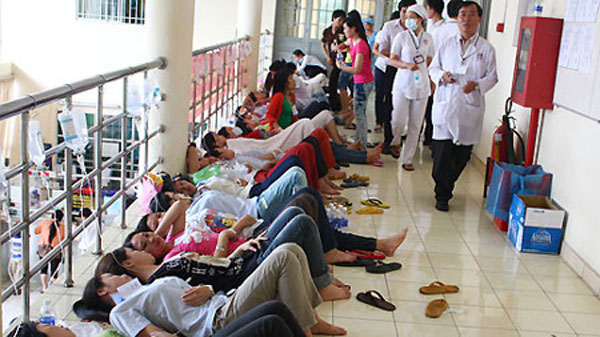 food poisoning kills 2 in cagayan There are many possible causes of food poisoning: bacteria, viruses, pesticides,  natural toxins, molds,  symptoms begin in 2 - 5 days and last from 2 - 10 days.
