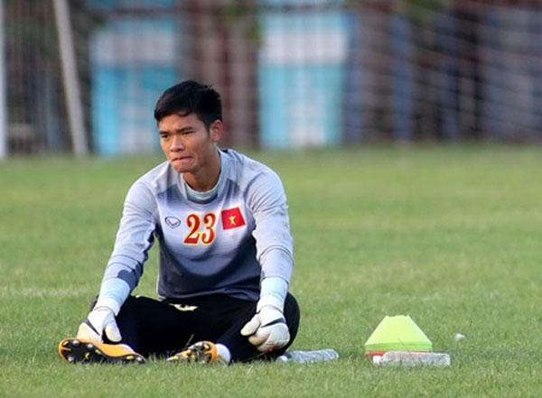 Goalie manh not leaving for thailand news vietnamnet - Appartement renove hanoi hung manh tran ...