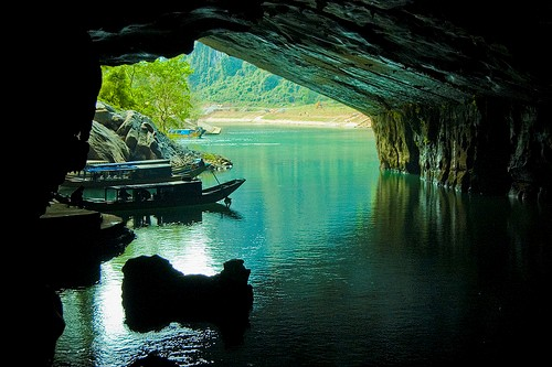 Seven world-famous caves of Vietnam