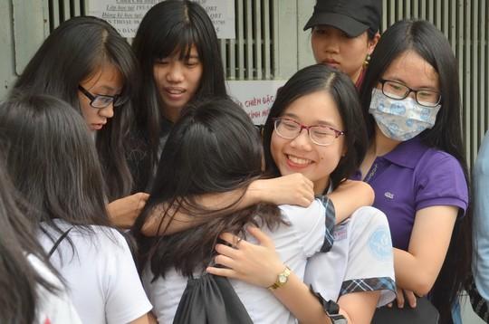 Vietnam, high school finals, 2-in-1 exam, MOET