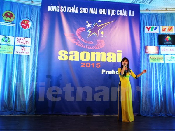Final round of Sao Mai singing contest held in Prague