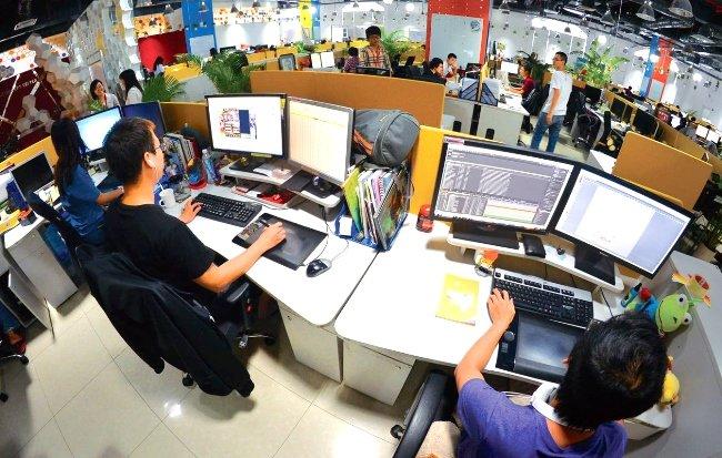 Software companies shun software parks