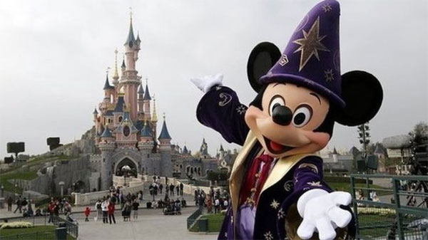 Disneyland Paris faces pricing probe