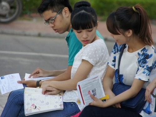 Vietnam, national high school finals, MOET, floor mark