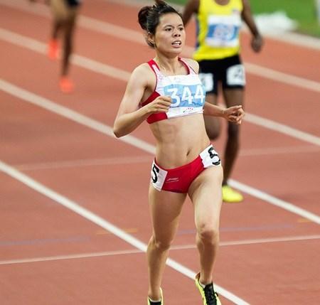 Vietnam's short-distance runner gets set for Beijing test
