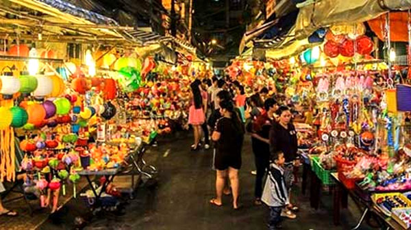 Mid-Autumn Festival, Vietnamese traditional toys, shadow lanterns, star lanterns