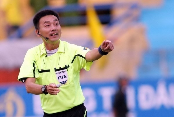 Vo Minh Tri named Vietnam's best referee of the season