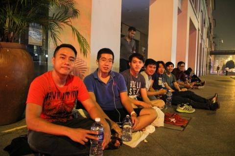 Vietnamese willing to pay sky-high prices for iPhone 6S