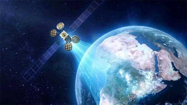 Facebook plans satellite 'in 2016'