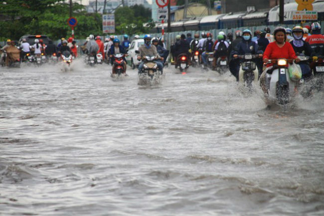 When will the flooding end in HCM City?