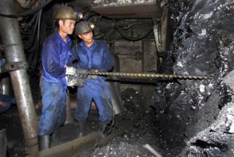 Scientists warn of dangers of coal power plants