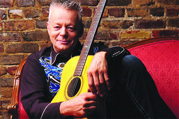 Guitarist Tommy Emmanuel looks back at career after first VN show
