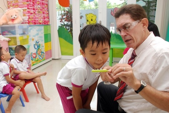 children should begin learning a foreign Reasons why children should learn a foreign language  get their child's language learning off to an early start  benefits to children from learning a foreign .