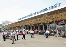Vietnam, Tan Son Nhat Airport, service