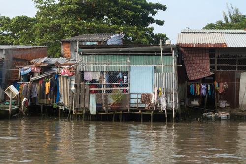 Poverty in Vietnam's 'rice bowl'