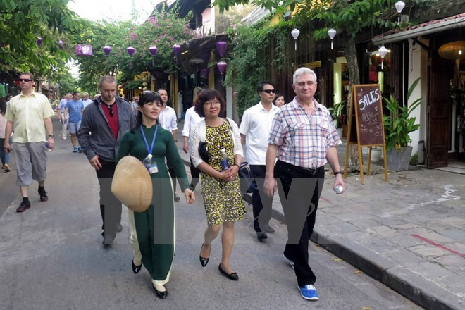 Czech Senate President visits Central Vietnam