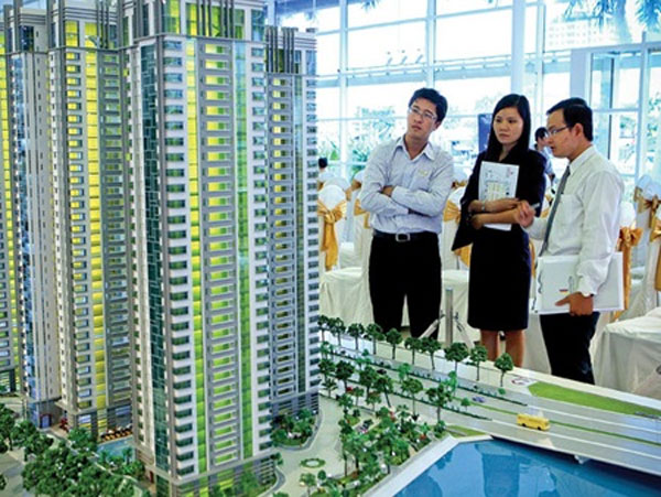 Real estate gains from stock market doubts