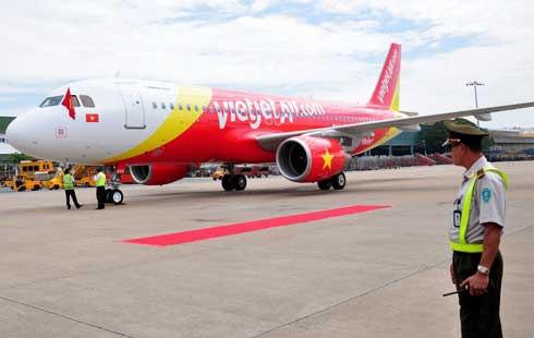 Vietnam, ACV, Vietnam Airlines, Noi Bai Airport, Tan Son Nhat Airports, vietnam economy, vietnamnet bridge, english news about Vietnam, Vietnam news, news about Vietnam, English news, vietnamnet news, latest news on vietnam,