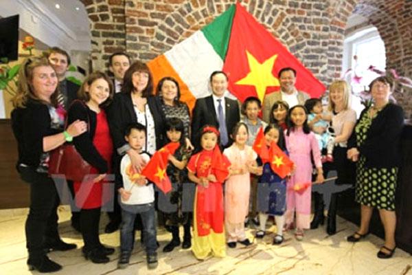 Vietnamese children, Law on Adoption, French citizens, Vietnam economy, Vietnamnet bridge, English news about Vietnam, Vietnam news, news about Vietnam, English news, Vietnamnet news, latest news on Vietnam, Vietnam