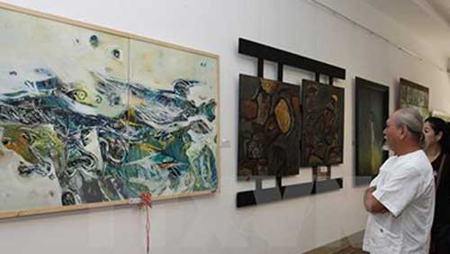 First Vietnam-RoK lacquer painting exhibition opened in Hanoi