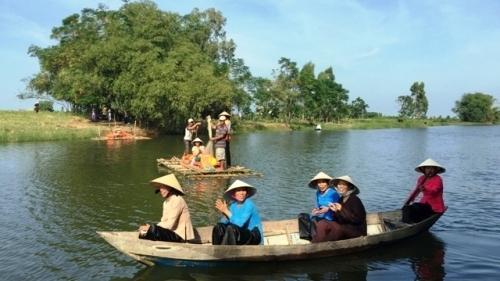 A glimpse of peaceful Triem Tay village, Vietnam guide, Vietnam airlines, Vietnam tour, tour Vietnam, Hanoi, ho chi minh city, Saigon, travelling to Vietnam, Vietnam travelling, Vietnam travel,