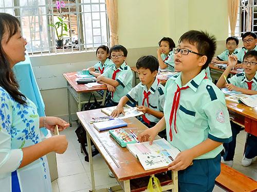 Low salaries for primary school teachers stymie reform - News ...